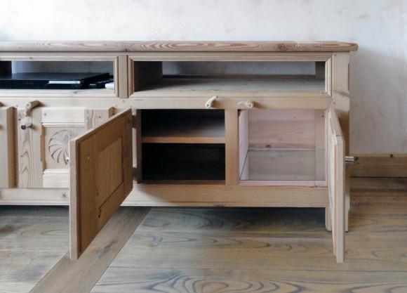 55 – Meuble – (En collaboration avec M. Jean-Benoit Boisset – Architecte d'intérieur)