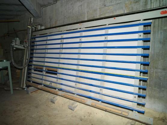 09 – Scie à panneaux verticales