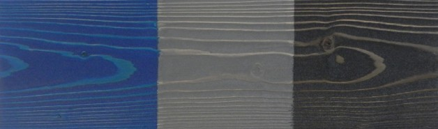 02 – Verni métalisé sur bois brossé